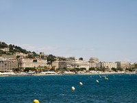 Франция. Лазурный Берег. Канны. Mediterranean Sea resort panorama Cannes France. Фото Robert Lerich - Depositphotos