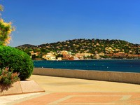 Французская Ривьера. Mediterranean coast of French Riviera. Фото Elena Elisseeva - Depositphotos