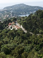 Французская Ривьера. Long panoramic view over the bay of Villefranche-sur-Mer. Фото Eugene Feygin - Depositphotos