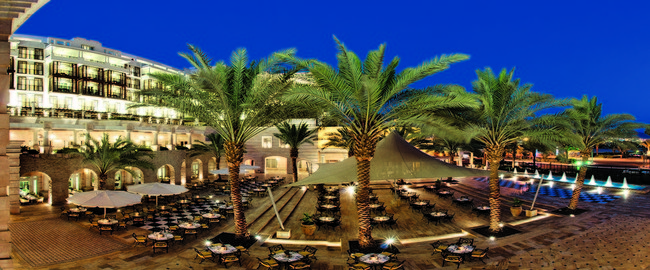 Иордания. Акаба. Movenpick Resort & Residence Aqaba. Palm Court Terrace