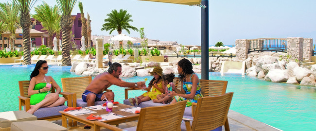 Иордания. Акаба - Тала Бей. Mоvenpick Resort & Spa Tala Bay Aqaba. Sejan Pool Side Restaurant