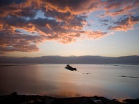 Иордания. Мертвое море. Jordan. Dead Sea. Sinrise. Фото magicinfoto - Depositphotos