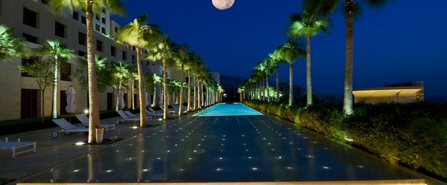 Иордания. Мертвое море. Kempinski Hotel Ishtar Dead Sea. Sunken Pool at Night
