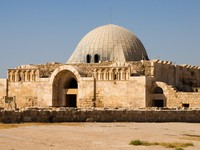 Иордания. Амман. Old Umayyad Palace the the Amman Citadel. Фото Ralf Siemieniec - Depositphotos