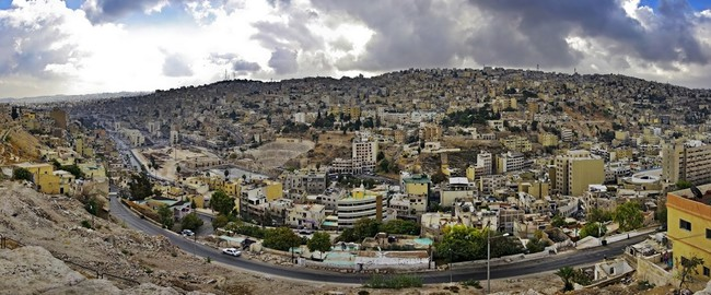 Иордания. Амман. Panoramic view of the capital city Amman. Jordan. Фото Петр Захаров - Depositphotos