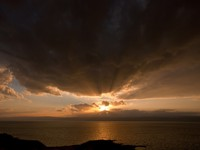 Иордания. Jordan. Dark yellow sunset on Dead Sea, Jordan. vvoennyy - Depositphotos