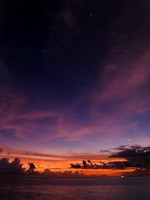 Мальдивы. Colorful Sunset Maldives. Фото sanderclaes - Depositphotos