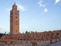 Марокко. Марракеш. Marrakesh Koutoubia Minaret and Mosque. Фото Roberto Marinello - Depositphotos