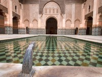 Марокко. Марракеш. Arabian palace with pool. Фото Stephane Bidouze - Depositphotos