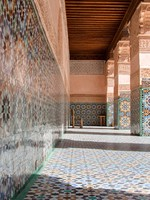 Марокко. Марракеш. Details of Courtyard of Ali Ben. Фото yoka66 - Depositphotos