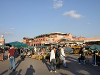 Марокко. Марракеш. Медина. Djemaa el Fna - square and market place in Marrakesh's medina quarter. Фото Philip Lange - Depositphotos