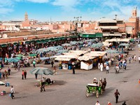 Марокко. Марракеш. Джемма эль Фна. Djemaa el Fna - square in Marrakesh. Фото Igor Mojzes - Depositphotos