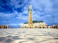 Марокко. Касабланка. Мечеть Хасана II. The Mosque of Hassan II in Casablanca. Фото Janos Posztos - Depositphotos