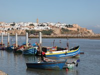 Марокко. Рабат. Fishing boats on the Bou Regreg river in Rabat, Morocco. Фото Philip Lange - Depositphotos