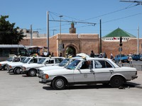 Марокко. Рабат. Taxi rank in Rabat, Morocco. Фото Philip Lange - Depositphotos