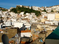 Houses on a mountain, Moulay Idriss. Фото Kyle Edward Wilson