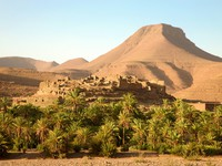 Марокко. Berber village in the Atlas Mountains, Morocco. Фото piccaya - Depositphotos
