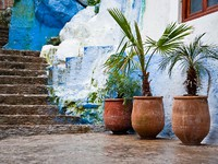 Марокко. Architectural details and doorways of Morocco. Фото Larysa Kryvoshapka - Depositphotos
