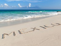 Мексика. Mexico sign on the beach of Caribbean Sea. Фото Mustang_79 - Depositphotos