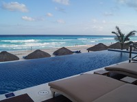 Мексика. Канкун. The Ritz Carlton Cancun. Ocean Suite. Фото Павла Аксенова