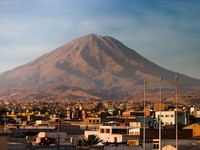 Volcano Misti with Arequipa in Peru. Фото Joerg Sinn - Depositphotos