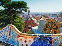 Испания. Барселона. Парк Гуэль (арх. А.Гауди). Parc Guell, Barcelona. Фото Roland Nagy - Depositphotos