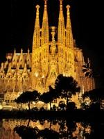 Испания. Барселона Собор Святого Семейства (арх. А.Гауди).  Sagrada Familia in Barcelona. Фото Juan moyano - Depositphotos