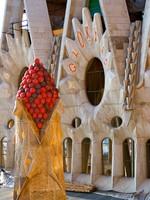 Испания. Барселона Собор Святого Семейства (арх. А.Гауди). Details in Gaudi's Sagrada Familia. Фото Pere Sanz - Depositphotos