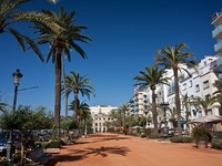 Испания. Коста Брава. Льорет-де-Мар. Seafront of Lloret de Mar. Фото Gert Hochmuth - Depositphotos