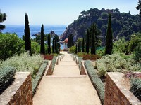 Испания. Коста Брава. Бланес. Botanic garden in Blanes, Catalonia, Spain. Фото marina99 - Depositphotos