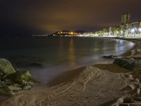 Испаиня. Коста Брава. Льоретт-де-Мар. Lloret de Mar beach night views. Фото Carlos Soler Martinez - Depositphotos