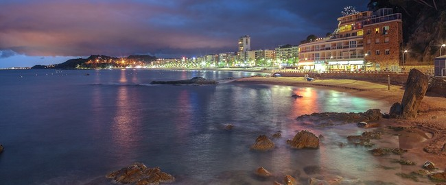 Испаиня. Коста Брава. Льоретт-де-Мар. Lloret de mar. Фото Andy Fox - Depositphotos