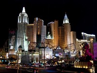 New York in Las Vegas. Las Vegas city scape at night. Фото Oleksandr Chemerskiy - Depositphotos