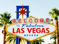 Famous Las Vegas sign on bright sunny day. Фото Elnur Amikishiyev - Depositphotos
