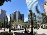View of Downtown Los Angeles. The Bonaventure Hotel is the largest hotel in the City. Фото Nicholas Burningham - Depositphotos