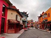 Early in the morning in the colorful Chinatown in Los Angeles. Фото Dmitry Kushch - Depositphotos