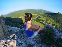 Крым. Relaxing in the mountains Crimea. Kachy-Kalion. Фото natamc - Depositphotos