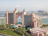 Блог Павла Аксенова. ОАЭ. Дубай. Jumeirah the Palm. Atlantis the Palm. Фото romrodinka - Depositphotos
