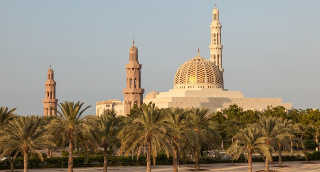 Блог Павла Аксенова. Мечеть Султана Кабуса. Sultan Qaboos Grand Mosque in Muscat, Oman. Фото philipus - Depositphotos