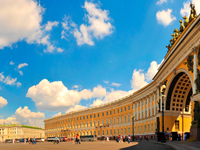Palace Square in Saint Petersburg, Russia. Фото worldphotos - Depositphotos