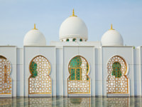 Клуб путешествий Павла Аксенова. ОАЭ. Абу-Даби. Мечеть шейха Зайда. Sheikh Zayed Mosque. Фото lusia83 - Depositphotos