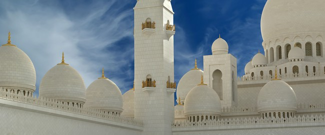 ОАЭ. Абу-Даби. Мечеть шейха Зайда. Abu Dhabi Sheikh Zayed White Mosque in UAE. Фото VLADJ55 - Depositphotos