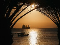 Иордания. Jordan. Golden Jordan sunset in Aqaba, red seaMrHamster - Depositphotos